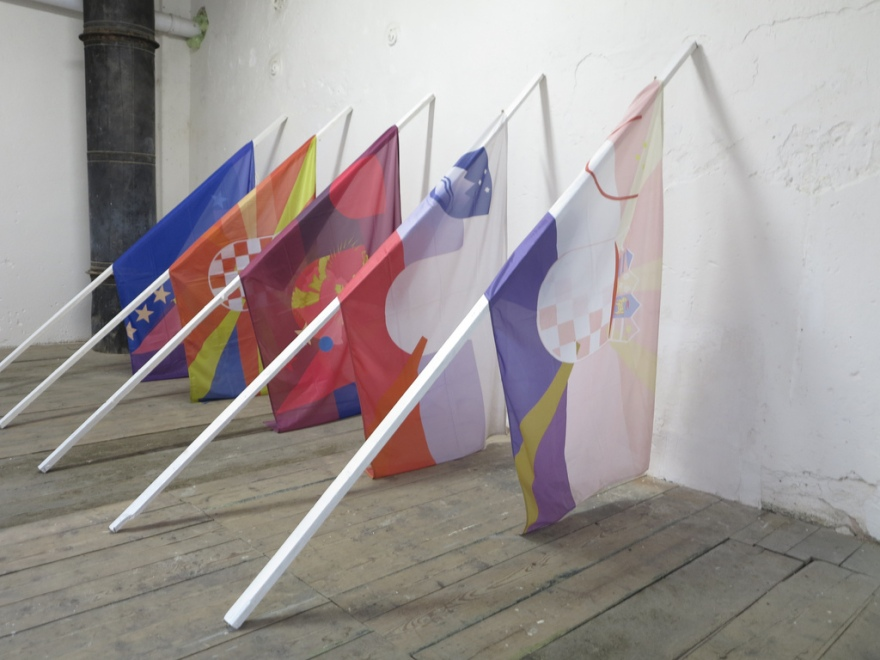 Advanced Science of Morphology 2013 5 flags, 5 flag pools, 200x150x300 cm.