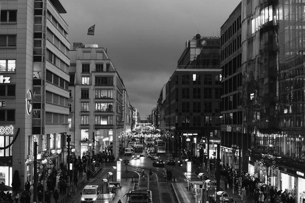 Berlin+Friedrichstrasse+A85x_J1UDn9l.jpg